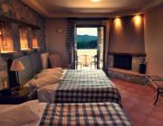 diagonismos-me-doro-ena-monadiko-diimero-se-mini-suite-me-dorean-diamoni-kai-proino-sto-xenodoxeio-grand-vytina-hotel-suites-182899.jpg