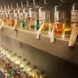 Διαγωνισμός για άρωμα επιλογής από το Perfume bar or σε 3 τυχερούς
