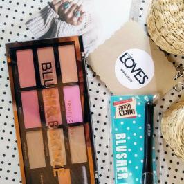 Διαγωνισμός με δώρο μια παλέτα μακιγιάζ με ρουζ και bronzers