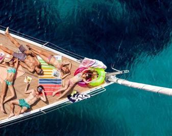 Διαγωνισμός με δώρο μια ημερήσια κρουαζιέρα στην Θάσο με Ιστιοπλοϊκό στα καταγάλανα νερά της Θάσου (εως 8 άτομα).