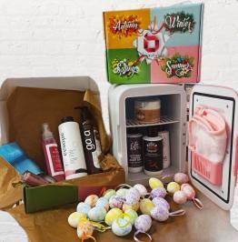 Διαγωνισμός για pink Beauty Fridge ψυγείο καλλυντικών της φωτογραφίας αξίας 80€